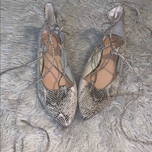 Shoes - Snake Pointed Lace Up Ballet Flats! NEW